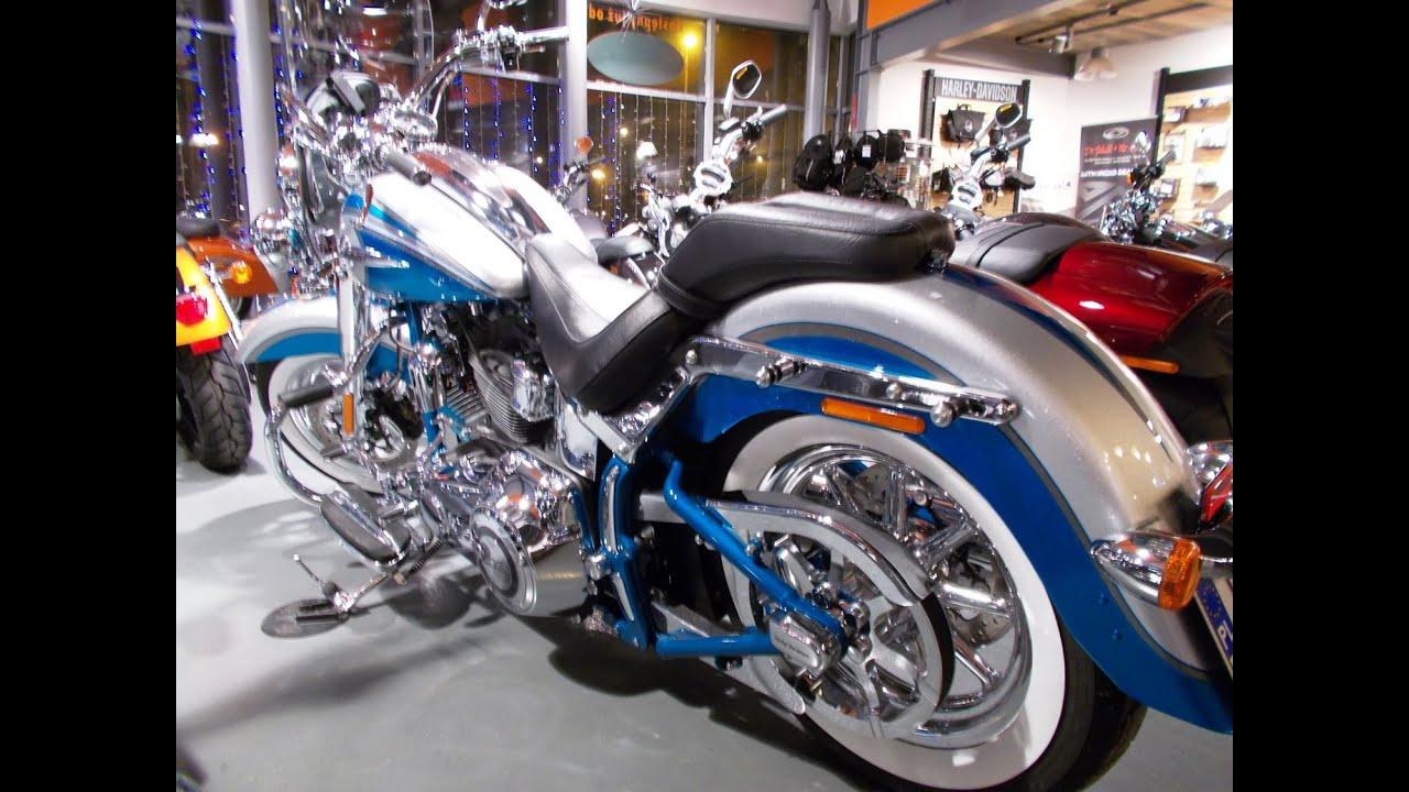 Harley CVO Softail Deluxe Bermuda Blue - YouTube