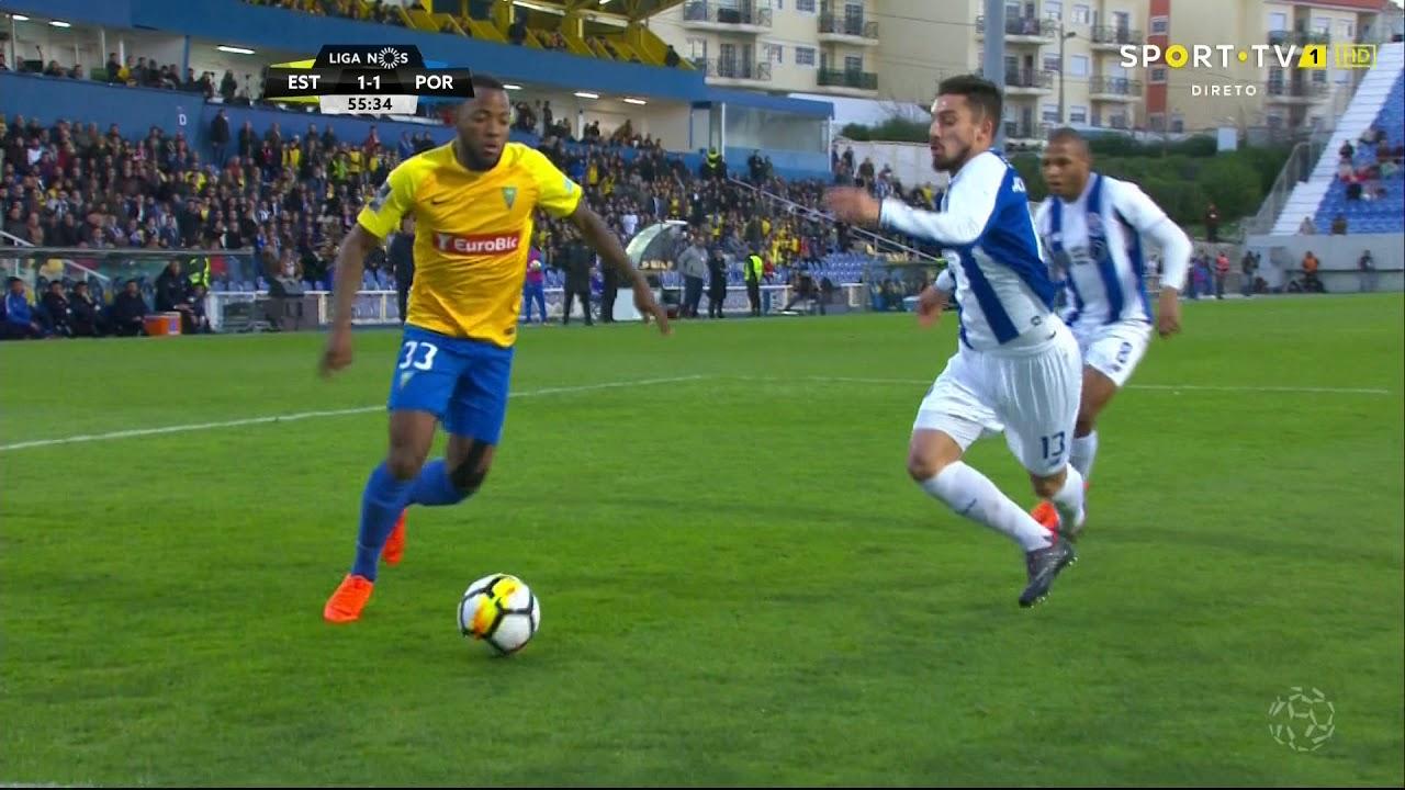 Futebol  Estoril-FC Porto 411508c873da1