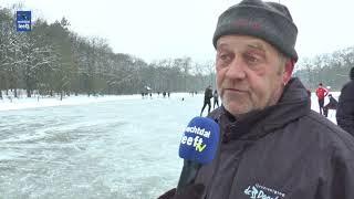 Schaatsplezier in Ommen op de ijsbaan van IJsvereniging de Doorloper