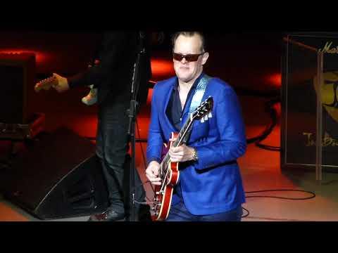 Joe Bonamassa - Pretending - 7/3/16 Clyde Auditorium - Glasgow, Scotland
