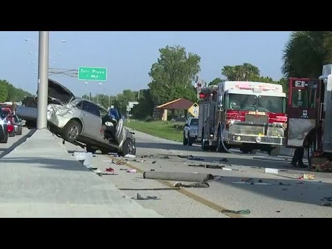 car accident fort myers  Crash shuts down Midpoint Bridge between Fort Myers and Cape Coral ...