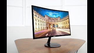 Samsung CF390: Small yet curved!