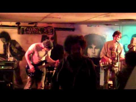 Noise (mislabeled the Dooges) covers Johnny Cash's Folsom Prison Blues