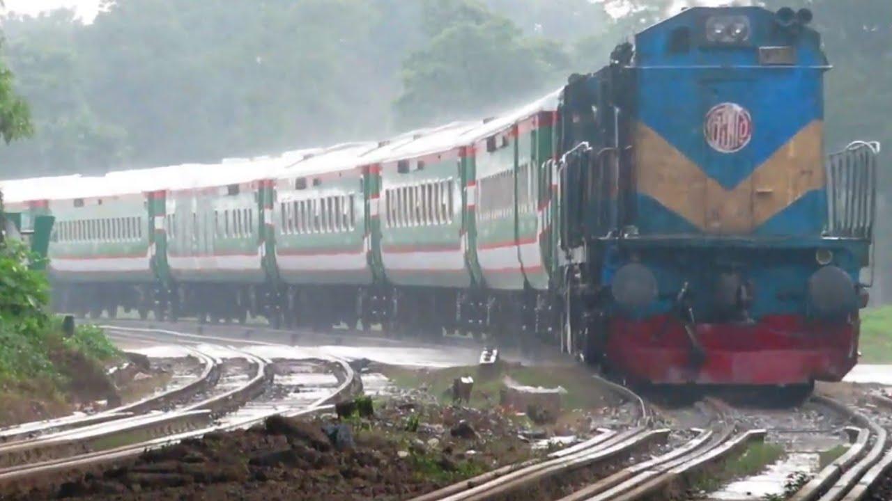 Rainy day Train Ekota Express passing in Heavy Rain ||