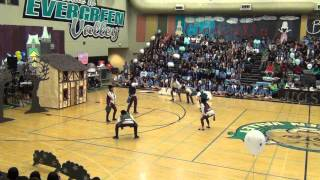 SNOW WHITE - Junior Skit - EVHS Battle of the Classes 2013