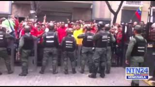 Así fue el ataque de hordas chavistas contra la Asamblea
