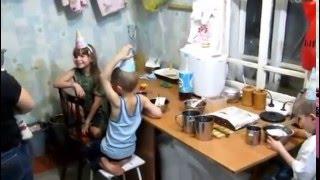 Семья Бровченко. Празднуем Анин д.р. (8 лет) + 8 марта (рел.).