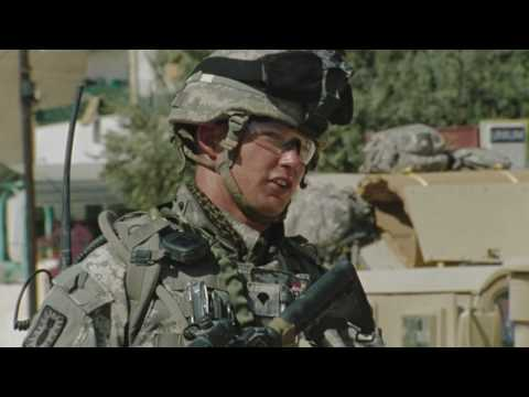 "THE HURT LOCKER Clip - ""Drop the Phone"""
