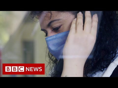 Coronavirus: Lockdown's heavy toll on Italy's mental health - BBC News