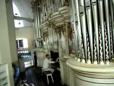 """Waltershausen Stadtkirche """"Zur Gotteshilfe"""" Vorstellung der Trost-Orgel durch Kantor Heinke"""