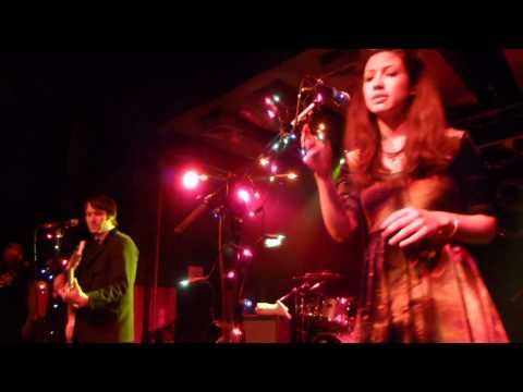 Emmy The Great + Tim Wheeler - Don't Call Me Mrs Christmas (HD) - Scala - 21.12.12