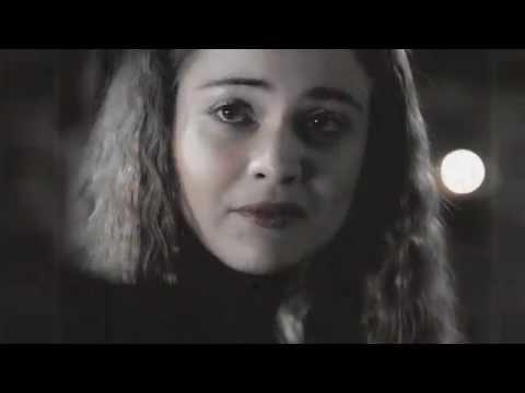 Eros Vlahos & Hera Hilmar  as   Niklas & Vanessa  Falling into Place