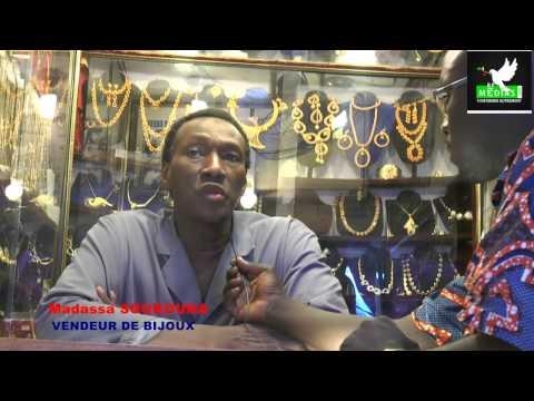 """L'incendie du """"marché rose de Bamako"""": les commerçants témoignent"""