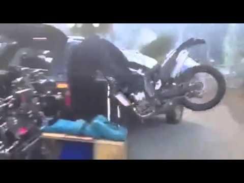 Неудачное торможение на мотоцикле