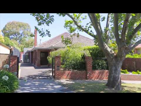 Marshall White: 52 Manning Road Malvern East