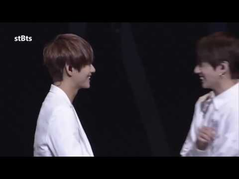 V and Jungkook adorable stage moment!!