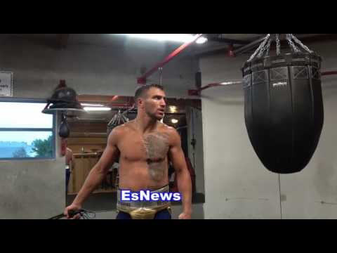 ((WOW)) Vasyl Lomachenko Does Things In Ring Other Fighters Don't Do! EsNews Boxing
