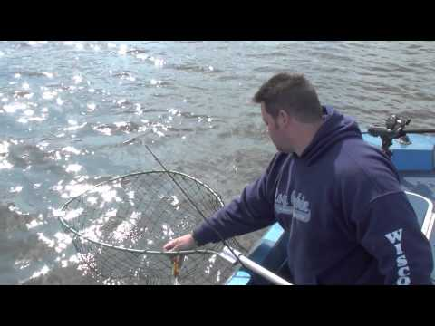 Musky fishing lake kinkaid illinois spring 2010 youtube for Kinkaid lake fishing report