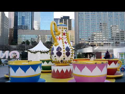 Toronto Holiday Fair in Nathan Phillips Square