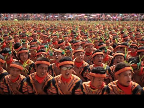 Record-breaking dance in Indonesia's Aceh promotes unity