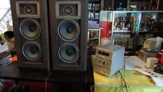 Vintage Acoustic Research AR94s Floor Speakers