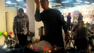 Шоу мыльных пузырей(, 2016-03-12T05:05:45.000Z)
