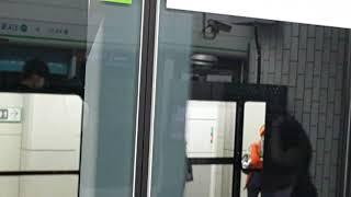 20210608 서울2호선 신도림역 진입 (내선순환열차…