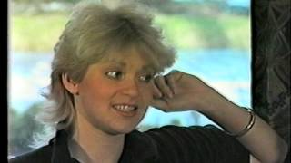 Doris D & The Pins - 1981 Een interview bij Debbie.