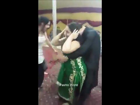 peshawar mujra ||new pashto mujra 2017 || beautiful girls || cute girl dance