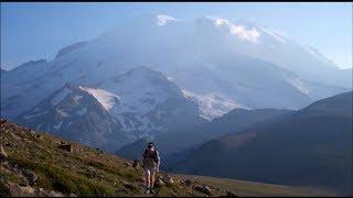 Hiking Burroughs Mountain (Mt. Rainier National Park)