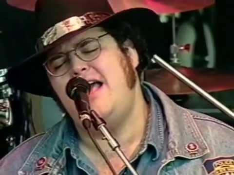 Blues Traveler - The Mountains Win Again - 10/18/1997 - Shoreline Amphitheatre (Official)