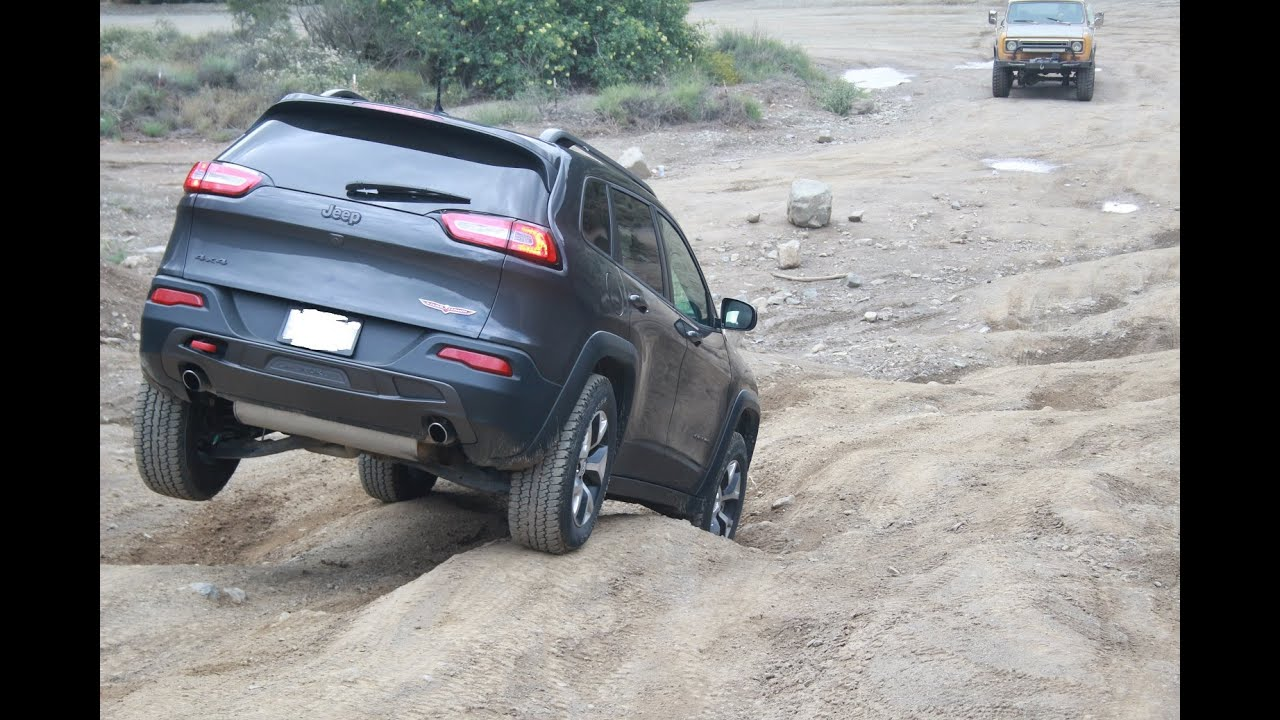 Jeep Trailhawk Lifted >> Lifted 2015 Jeep Cherokee Trailhawk Trabuco Canyon - YouTube