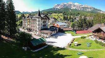 Top 10 Ski Resorts & Hotels in Cortina d'Ampezzo, Dolomiti Superski, Italy