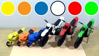 Motos de brinquedo para criança - aprender cores para crianças