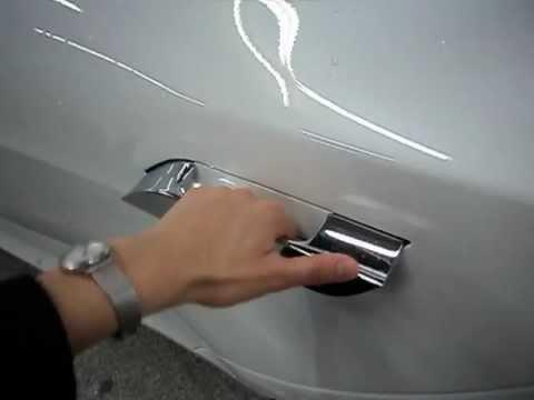 tesla model s втягивающиеся дверные ручки