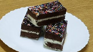 1 min microwave chocolate cake ice cream sandwich|ice cream sandwich recipe by kitchen with Fatima