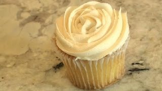 How to Make Frosting From Scratch : Baking Techniques