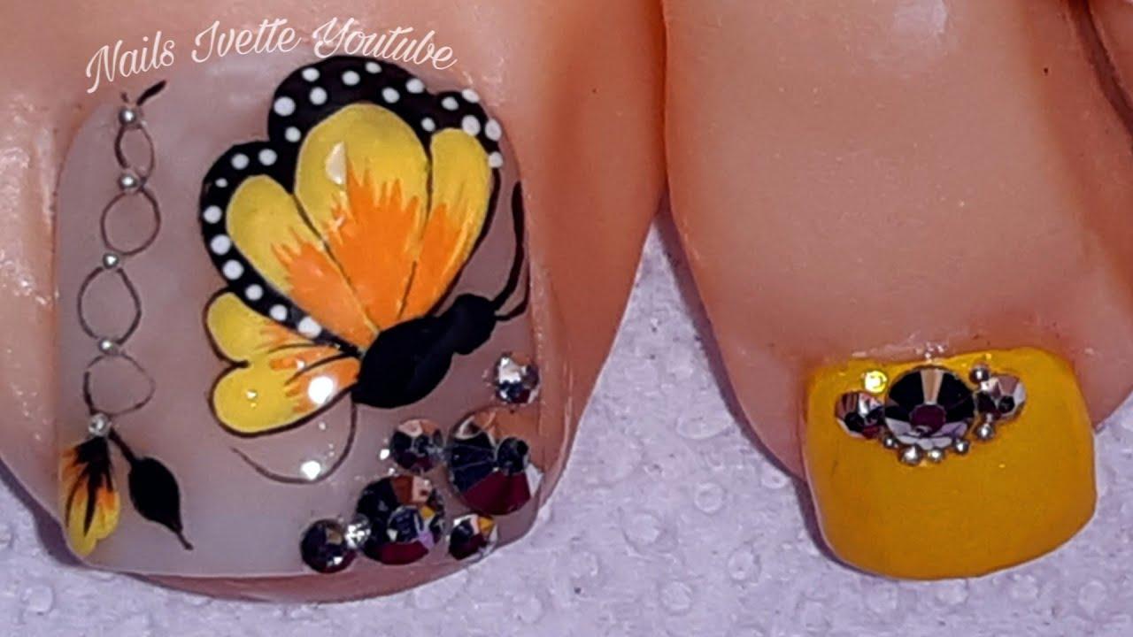 Diseño De Uñas Elegantesdecoración De Uñas Pie Mariposauñas Decoradas Para Pie En Tono Amarillo