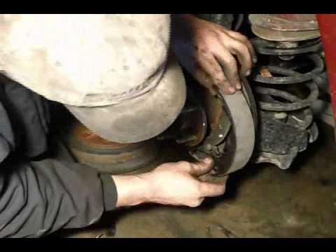 Maintenance, replacing rear brake shoes (2007 Chevy HHR)