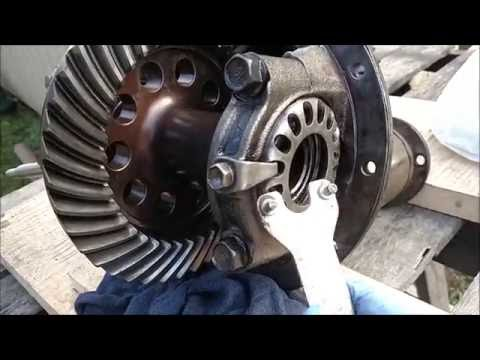 Installing A Spool In A Toyota For Rear 8 Inch