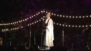 jared-leto-acoustic-save-me-live-at-camp-mars
