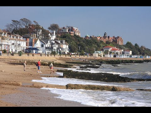 Places to see in ( Felixstowe - UK )