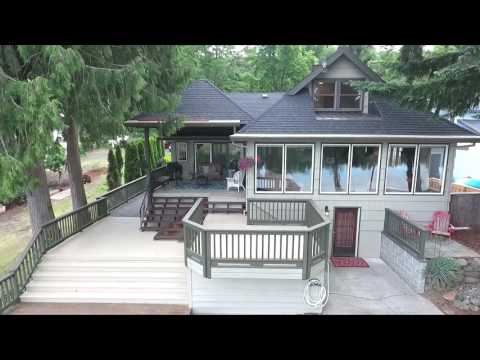 Charming Willamette Riverfront Home | Oregon homes and real estate