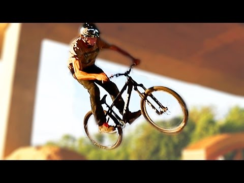 A Dirty Addiction | MTB Dirt Bike Session | Chris Raeber
