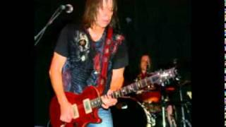 Watch Pat Travers Whipping Post video