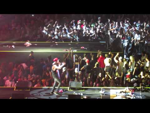 Gemitaiz MadMan - live Hip Hop tv 5th B-day Party - Forum Assago