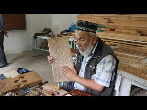 В Таджикистане сундучных дел мастера готовятся к свадебному сезону