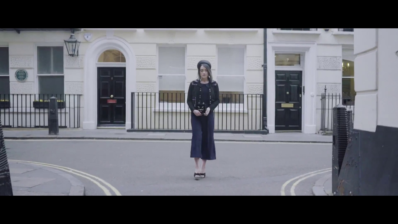La Petite Anglaise x Investec Derby - Fashion