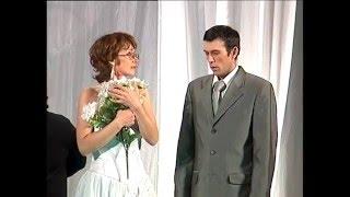 """Золотая юрта-2006.  М.Байджиев """"Жених и невеста""""  Стерлибашевский народный театр. 2006 г."""