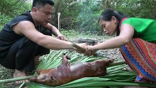 Primitive Life: Animal trapping catch wild boar, subdue the wild boar